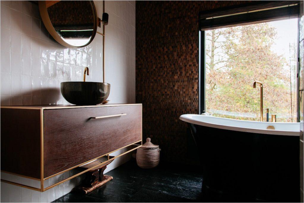 Sink made of walnut oak and a brass frame