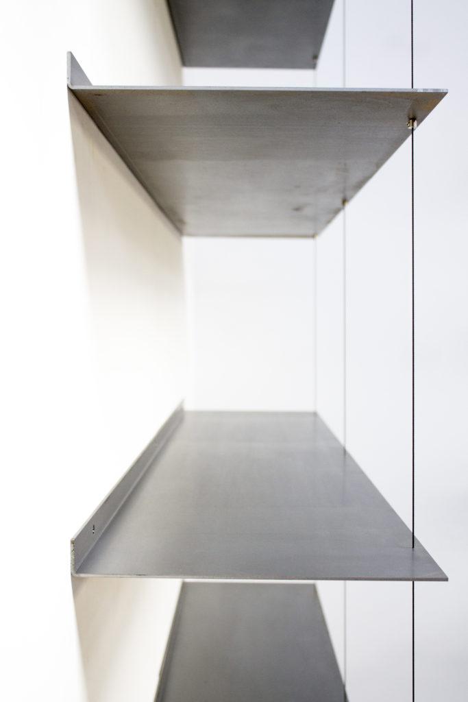 No frame cabinet