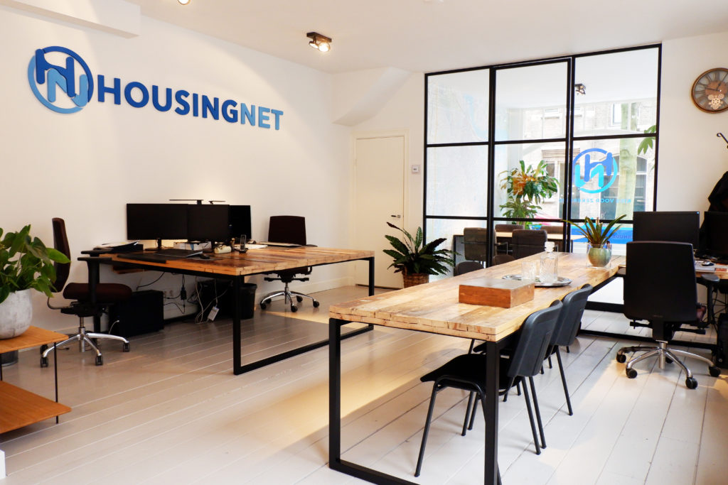 logo, desks and dresser made for brokers office Housingnet in Amsterdam